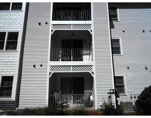 共管式独立产权公寓 为 销售 在 28 James Street 28 James Street Milford, 新罕布什尔州 03055 美国