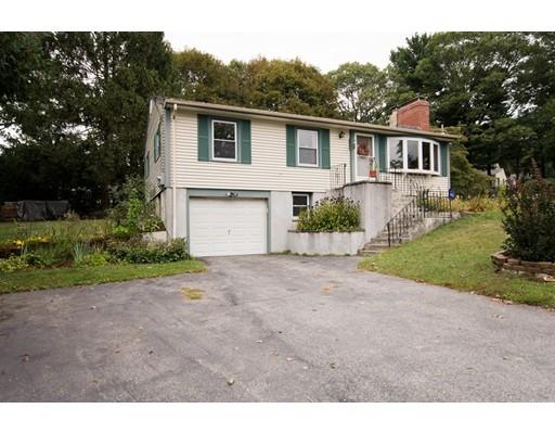Частный односемейный дом для того Продажа на 63 Kent 63 Kent Cumberland, Род-Айленд 02864 Соединенные Штаты