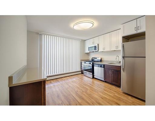 Maison accolée pour l à louer à 9 Bronsdon St. #7B-A 9 Bronsdon St. #7B-A Boston, Massachusetts 02135 États-Unis