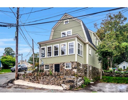 Single Family Home for Sale at 2 Orne Street 2 Orne Street Marblehead, Massachusetts 01945 United States