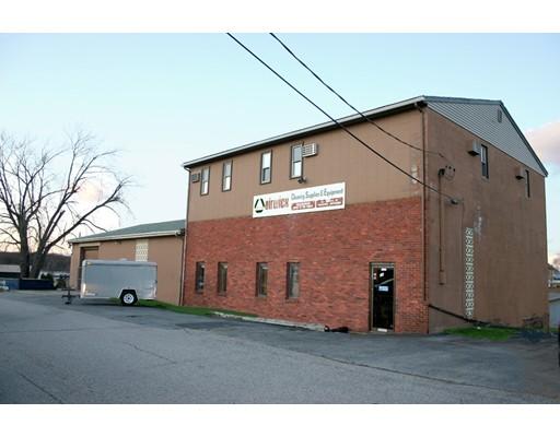 Commercial pour l Vente à 58 Curtis 58 Curtis East Providence, Rhode Island 02914 États-Unis