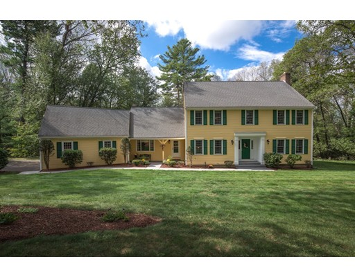 Single Family Home for Sale at 13 Ordway Road 13 Ordway Road Hudson, Massachusetts 01749 United States