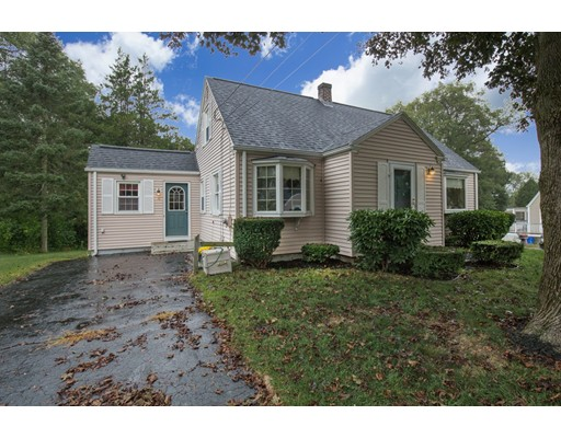 独户住宅 为 销售 在 18 Shirley Avenue 18 Shirley Avenue Millbury, 马萨诸塞州 01527 美国