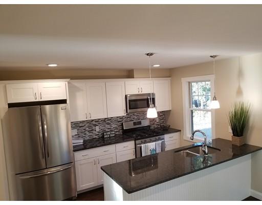 Частный односемейный дом для того Продажа на 54 Edson Street Boston, Массачусетс 02124 Соединенные Штаты