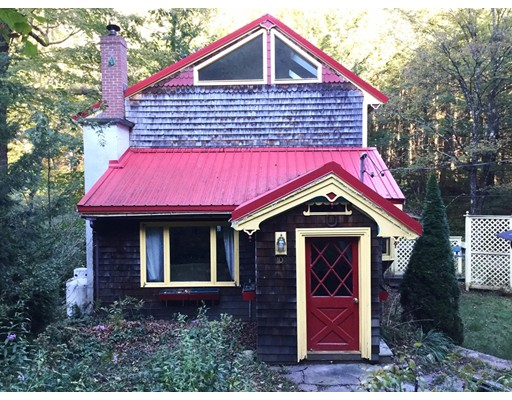 Single Family Home for Sale at 106 Ashfield Road 106 Ashfield Road Williamsburg, Massachusetts 01096 United States