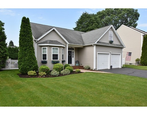 Single Family Home for Sale at 14 Jay Drive 14 Jay Drive Framingham, Massachusetts 01701 United States