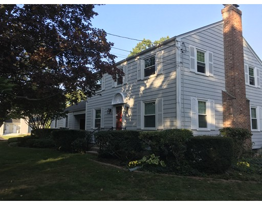Single Family Home for Sale at 5 Ferncliff Road Barrington, Rhode Island 02806 United States