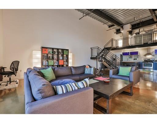 Appartement en copropriété pour l à louer à 950 Broadway #9 950 Broadway #9 Chelsea, Massachusetts 02150 États-Unis
