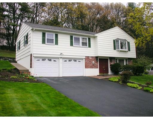 Casa Unifamiliar por un Alquiler en 31 Lanewood Avenue Framingham, Massachusetts 01701 Estados Unidos