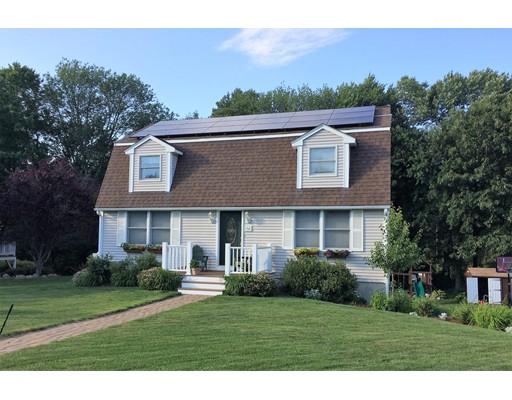 Casa Unifamiliar por un Venta en 14 Robbins Road 14 Robbins Road Ayer, Massachusetts 01432 Estados Unidos