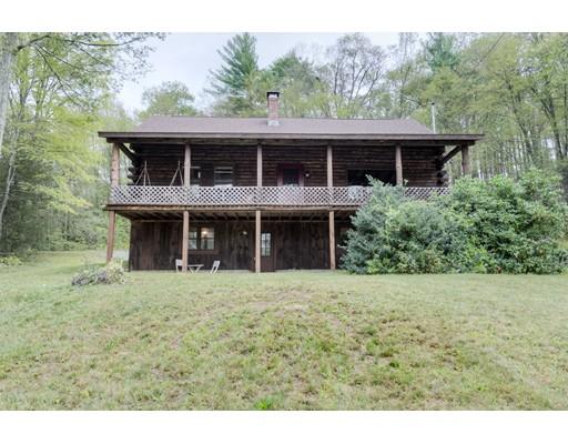 واحد منزل الأسرة للـ Sale في 17 Reimers Road 17 Reimers Road Monson, Massachusetts 01057 United States
