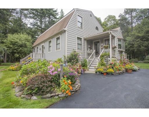 Casa Unifamiliar por un Venta en 300 Sycamore Street 300 Sycamore Street Holbrook, Massachusetts 02343 Estados Unidos
