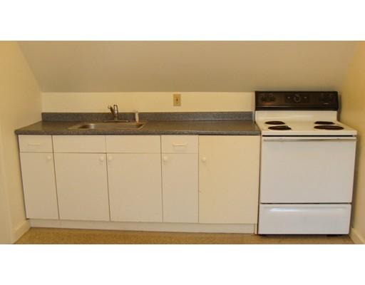 Квартира для того Аренда на 17 Winthrop Street #3 17 Winthrop Street #3 Abington, Массачусетс 02351 Соединенные Штаты