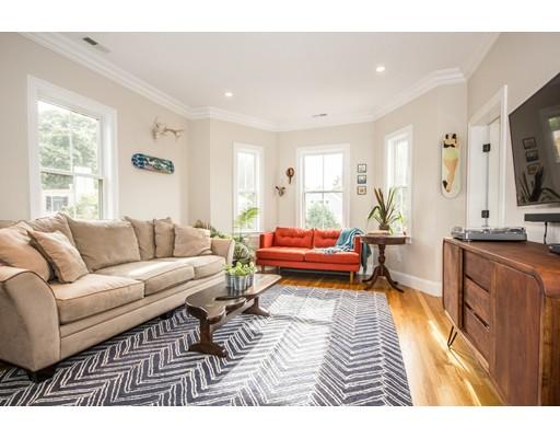 شقة بعمارة للـ Sale في 13 Meehan St #3 13 Meehan St #3 Boston, Massachusetts 02130 United States