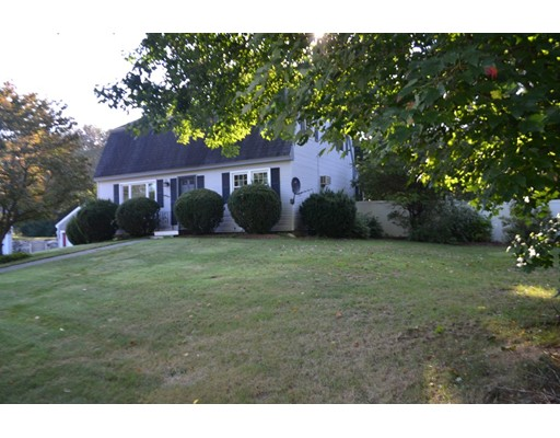 Single Family Home for Rent at 49 Sherwood Circle 49 Sherwood Circle Salem, New Hampshire 03079 United States