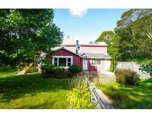 Maison multifamiliale pour l Vente à 9 Messier Street 9 Messier Street Grafton, Massachusetts 01560 États-Unis