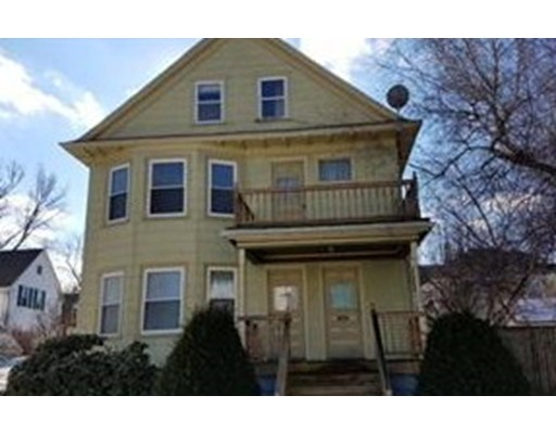 Single Family Home for Rent at 10 New Hampshire Avenue 10 New Hampshire Avenue Haverhill, Massachusetts 01835 United States