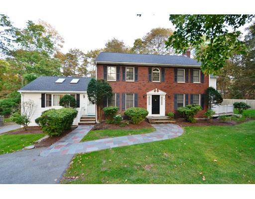 Single Family Home for Sale at 7 Garden Road 7 Garden Road Wellesley, Massachusetts 02481 United States