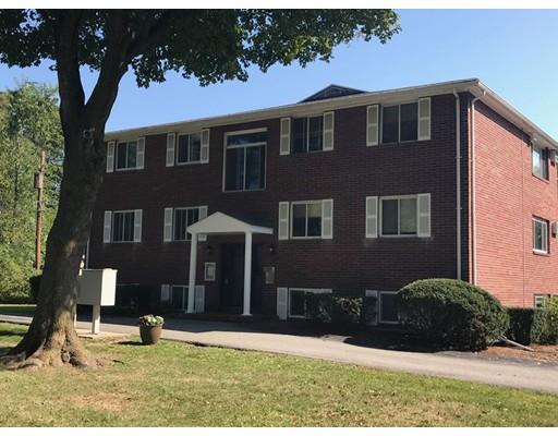 Casa Unifamiliar por un Alquiler en 194 Pine Street 194 Pine Street Danvers, Massachusetts 01923 Estados Unidos