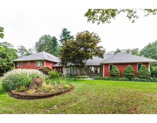 واحد منزل الأسرة للـ Sale في 49 SUNRISE TERRACE 49 SUNRISE TERRACE Stoughton, Massachusetts 02072 United States