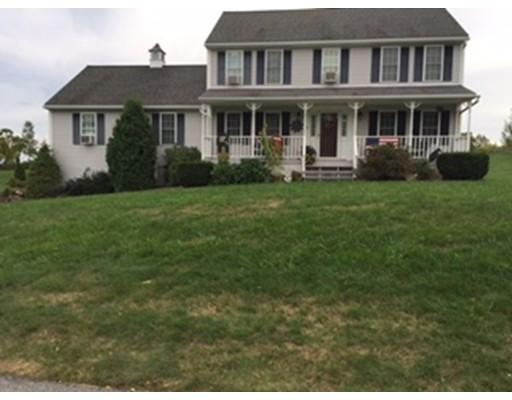 独户住宅 为 销售 在 10 Hyland Avenue 10 Hyland Avenue Leicester, 马萨诸塞州 01524 美国