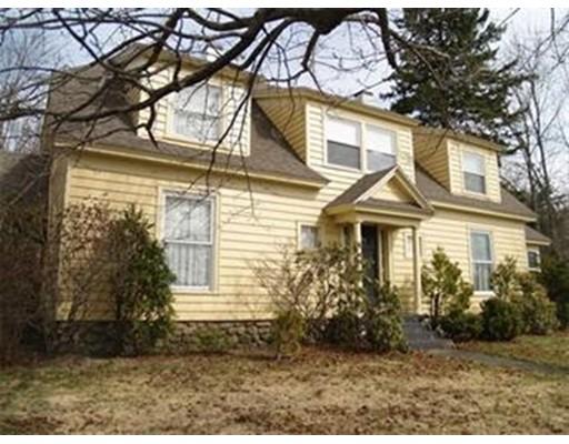 Single Family Home for Rent at 298 Sturbridge Road 298 Sturbridge Road Charlton, Massachusetts 01507 United States