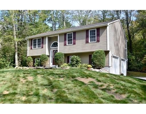 Casa Unifamiliar por un Venta en 130 Keach Pond Drive 130 Keach Pond Drive Glocester, Rhode Island 02814 Estados Unidos
