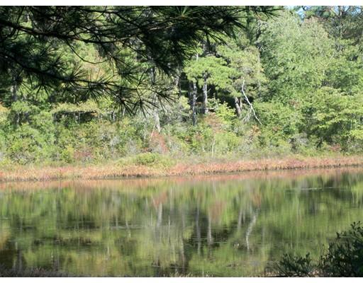 土地,用地 为 销售 在 103 Maple Springs Road Wareham, 02571 美国