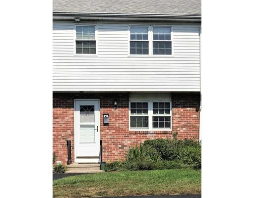 Appartement en copropriété pour l à louer à 25 Hemlock Cir #25 25 Hemlock Cir #25 Millis, Massachusetts 02054 États-Unis