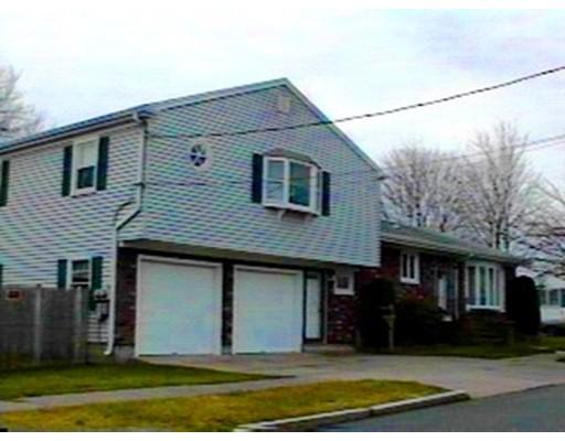 Maison unifamiliale pour l à louer à 1046 Bowles 1046 Bowles New Bedford, Massachusetts 02745 États-Unis