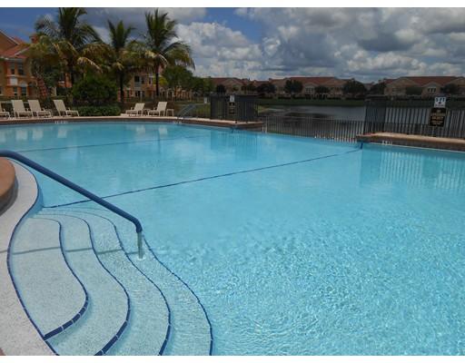共管式独立产权公寓 为 销售 在 1794 Concordia Lake Circle #2602 1794 Concordia Lake Circle #2602 凯普珊瑚, 佛罗里达州 33909 美国