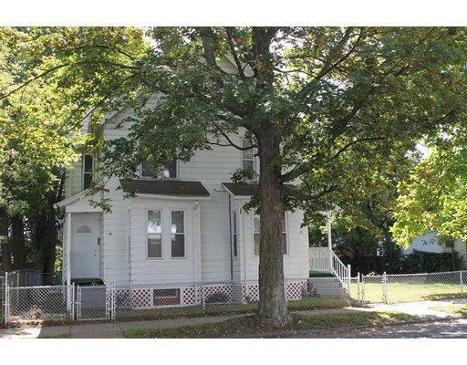 多户住宅 为 销售 在 80 Keith Street Springfield, 马萨诸塞州 01108 美国