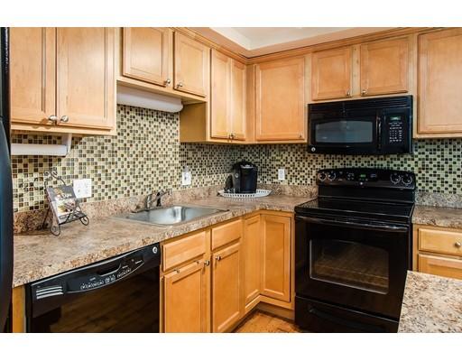 شقة بعمارة للـ Sale في 494 Woonasquatucket Avenue 494 Woonasquatucket Avenue North Providence, Rhode Island 02911 United States