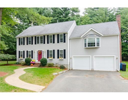 Частный односемейный дом для того Продажа на 8 Marlin Lane 8 Marlin Lane East Bridgewater, Массачусетс 02333 Соединенные Штаты