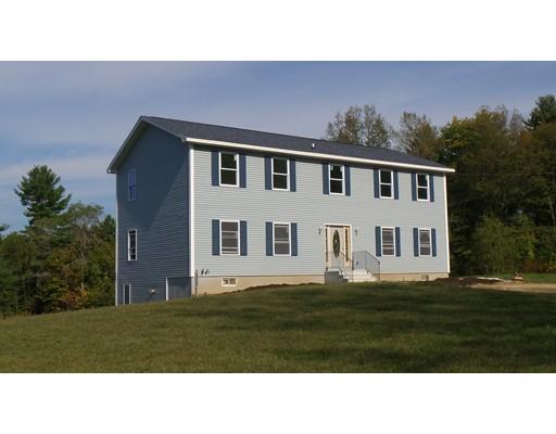 واحد منزل الأسرة للـ Sale في 29 Sczygiel Road 29 Sczygiel Road Ware, Massachusetts 01082 United States