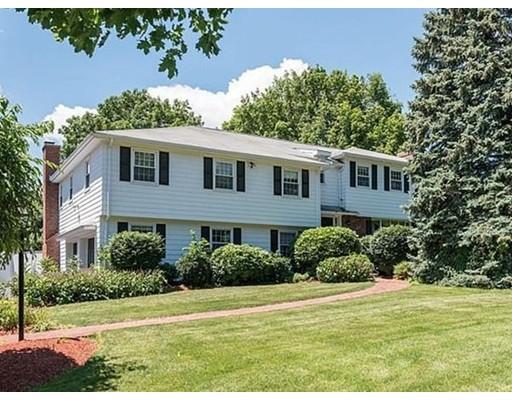 独户住宅 为 出租 在 153 Weatherbee Drive 153 Weatherbee Drive 西木区, 马萨诸塞州 02090 美国