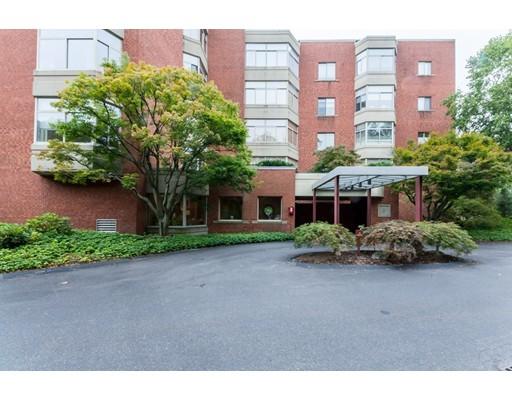 Appartement en copropriété pour l Vente à 99 Florence St. B20 #5B 99 Florence St. B20 #5B Newton, Massachusetts 02467 États-Unis