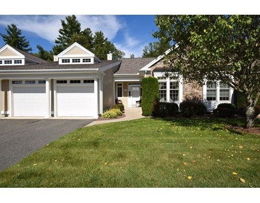 Appartement en copropriété pour l Vente à 53 High Pine Cir #53 53 High Pine Cir #53 Wilbraham, Massachusetts 01095 États-Unis