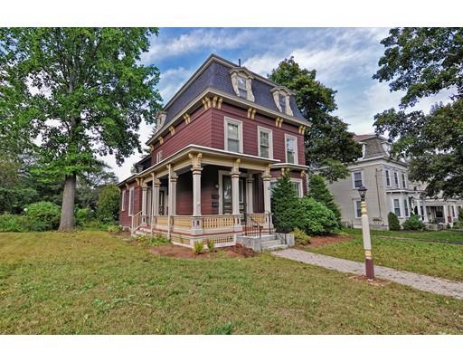 متعددة للعائلات الرئيسية للـ Sale في 25 Walnut Street 25 Walnut Street Milford, Massachusetts 01757 United States