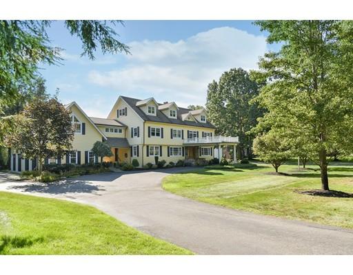 独户住宅 为 销售 在 111 Milton Street 111 Milton Street 米尔顿, 马萨诸塞州 02186 美国