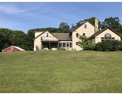 Single Family Home for Sale at 123 Petticoat Hill Road 123 Petticoat Hill Road Williamsburg, Massachusetts 01096 United States