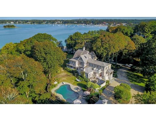 Maison unifamiliale pour l Vente à 66 Burditt Avenue 66 Burditt Avenue Hingham, Massachusetts 02043 États-Unis
