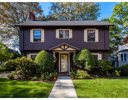 Nhà ở một gia đình vì Bán tại 7 New Park Avenue 7 New Park Avenue Boston, Massachusetts 02131 Hoa Kỳ