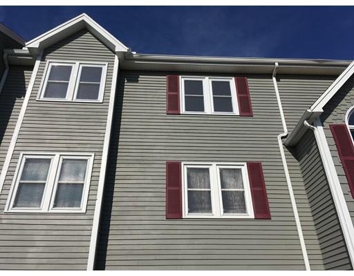 Condominium for Rent at 74 Tennis Plaza Rd #10 74 Tennis Plaza Rd #10 Dracut, Massachusetts 01826 United States