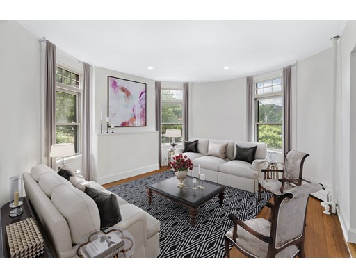 Single Family Home for Rent at 1871 Beacon Street Brookline, 02445 United States