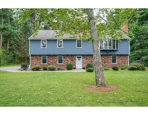 واحد منزل الأسرة للـ Sale في 1 Woodmoor Drive 1 Woodmoor Drive Bedford, Massachusetts 01730 United States