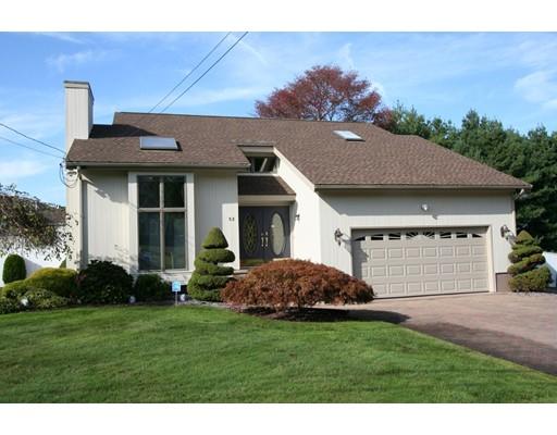 Maison unifamiliale pour l Vente à 52 Sherman Avenue 52 Sherman Avenue Bristol, Rhode Island 02809 États-Unis