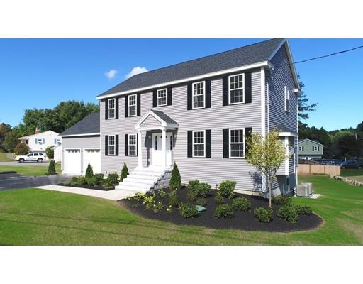 Частный односемейный дом для того Продажа на 55 NORTH STREET 55 NORTH STREET North Reading, Массачусетс 01864 Соединенные Штаты