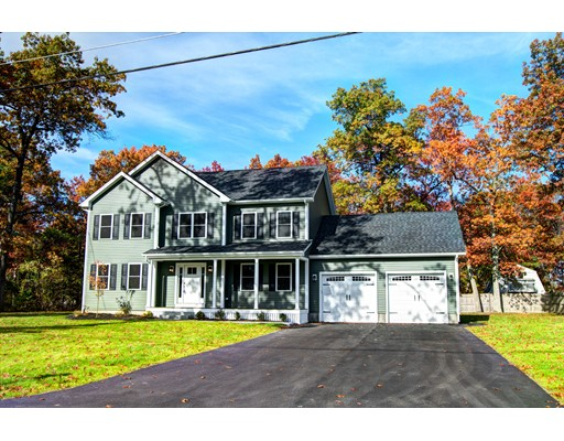Single Family Home for Sale at 22 7 Th Avenue 22 7 Th Avenue Chelmsford, Massachusetts 01824 United States