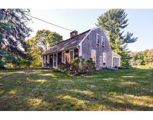 Single Family Home for Sale at 290 Elm Street 290 Elm Street Pembroke, Massachusetts 02359 United States